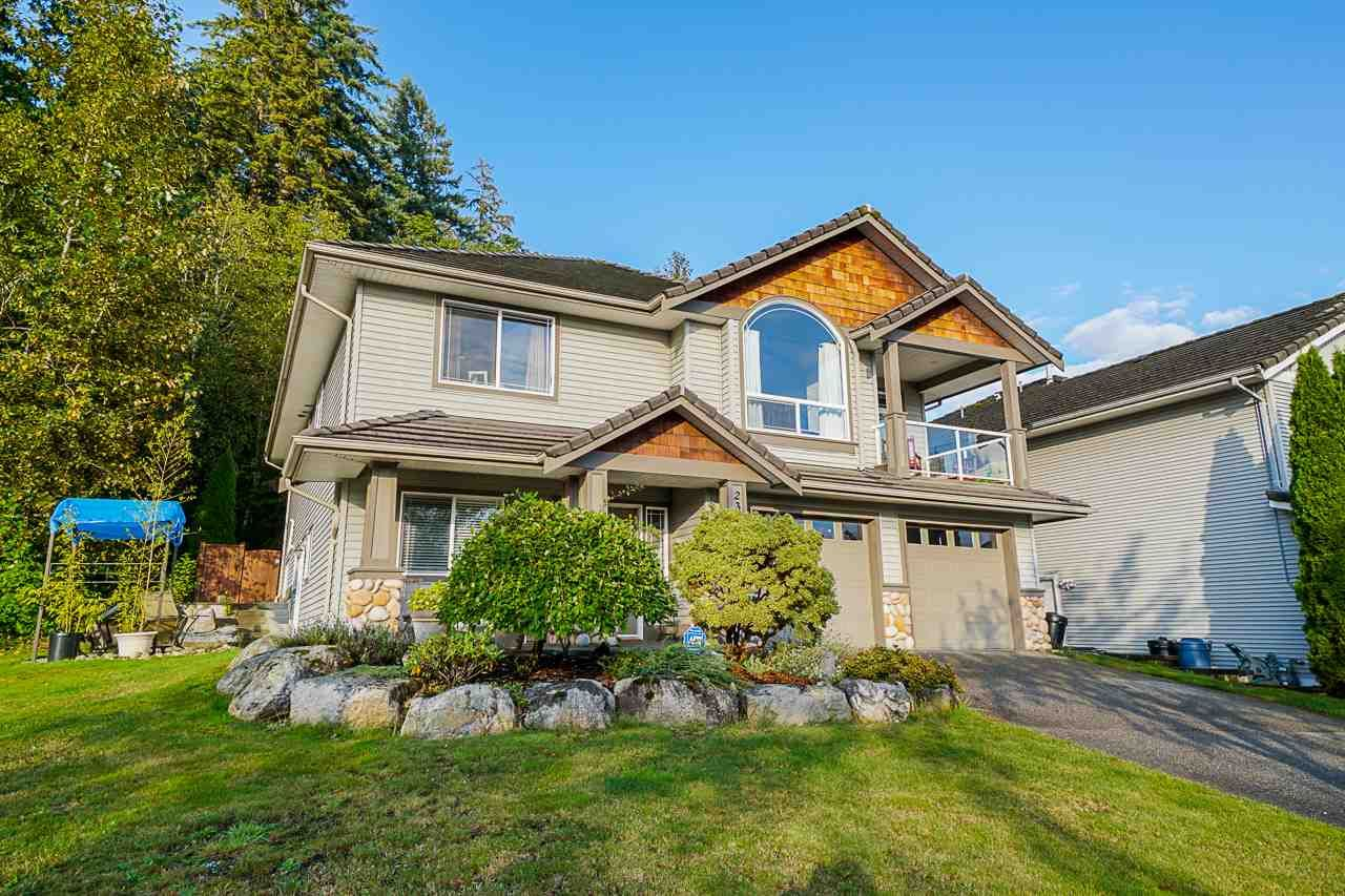 Main Photo: 23677 Boulder Place in Maple Ridge: Silver Valley House for sale : MLS®# R2406379
