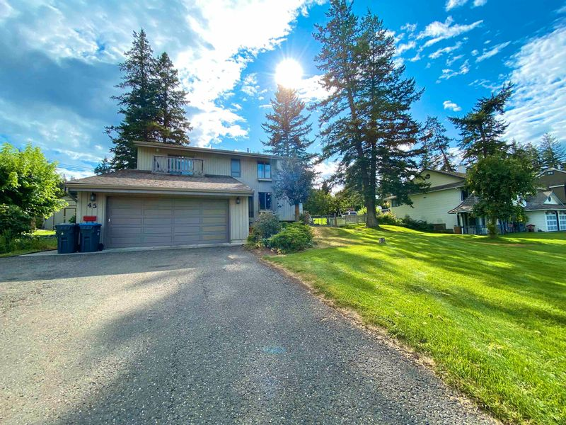 FEATURED LISTING: 45 FAIRVIEW Drive Williams Lake