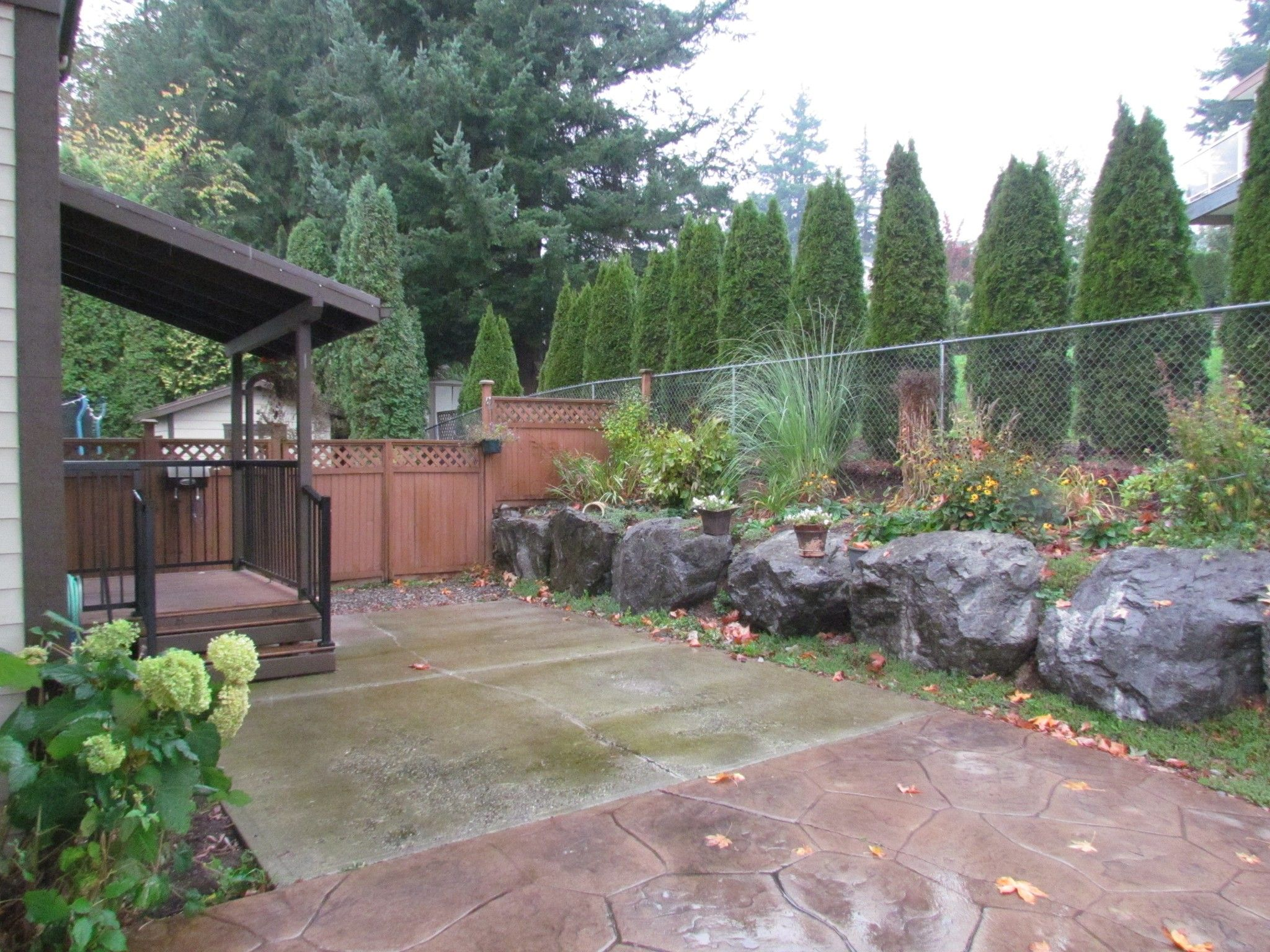 Photo 2: Photos: Suite 35158 Rockwell Dr. in Abbotsford: Abbotsford East Condo for rent