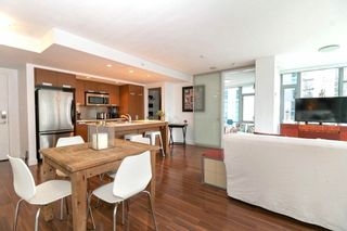 """Photo 2: 1002 1255 SEYMOUR Street in Vancouver: Downtown VW Condo for sale in """"The Elan by Cressey"""" (Vancouver West)  : MLS®# R2292317"""