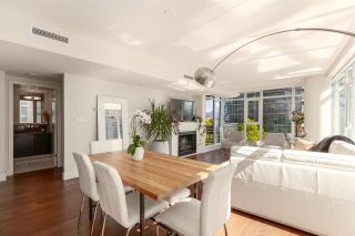 """Photo 3: 603 1205 W HASTINGS Street in Vancouver: Coal Harbour Condo for sale in """"Cielo"""" (Vancouver West)  : MLS®# R2606862"""