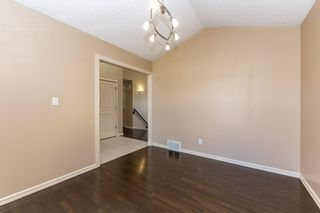 Photo 6: 918 CHAHLEY Crescent in Edmonton: Zone 20 House for sale : MLS®# E4237518