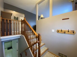 """Photo 2: 4401 5TH Avenue in Prince George: Foothills House for sale in """"FOOTHILLS"""" (PG City West (Zone 71))  : MLS®# R2425323"""