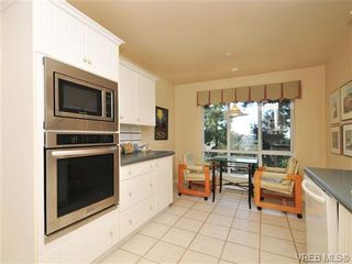 Photo 13: 503 940 Boulderwood Rise in VICTORIA: SE Broadmead Condo for sale (Saanich East)  : MLS®# 689065