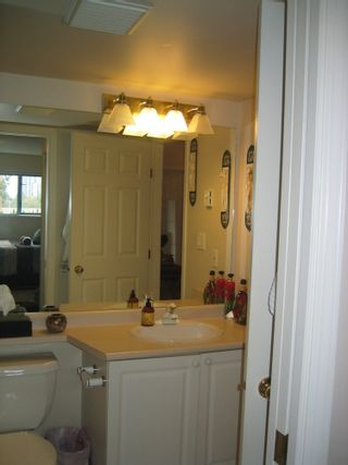 Photo 7: 102 1085 17TH Street in North Vancouver: Home for sale : MLS®# V790760