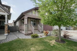 Photo 2: 740 HARDY Point in Edmonton: Zone 58 House for sale : MLS®# E4245565
