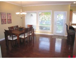 """Photo 3: 3360 HARVEST Drive in Abbotsford: Abbotsford East House for sale in """"THE HIGHLANDS"""" : MLS®# F2832214"""