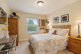"""Photo 26: 21387 40 Avenue in Langley: Brookswood Langley House for sale in """"Brookswood"""" : MLS®# R2458084"""
