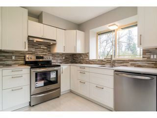 Photo 8: 1 22980 ABERNETHY Lane in Maple Ridge: East Central Townhouse for sale : MLS®# R2156977
