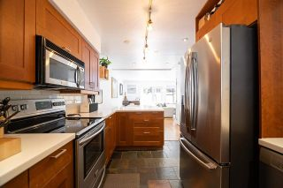 """Photo 10: 9 2151 BANBURY Road in North Vancouver: Deep Cove Townhouse for sale in """"Mariner's Cove"""" : MLS®# R2585688"""