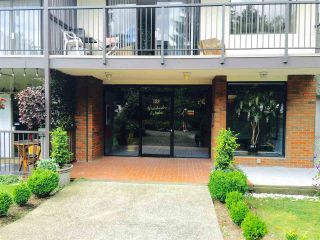 "Photo 3: 313 155 E 5TH Street in North Vancouver: Lower Lonsdale Condo for sale in ""WINCHESTER ESTATES"" : MLS®# R2086842"