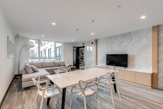 """Photo 18: 201 733 E 3RD Street in North Vancouver: Lower Lonsdale Condo for sale in """"Green on Queensbury"""" : MLS®# R2442684"""