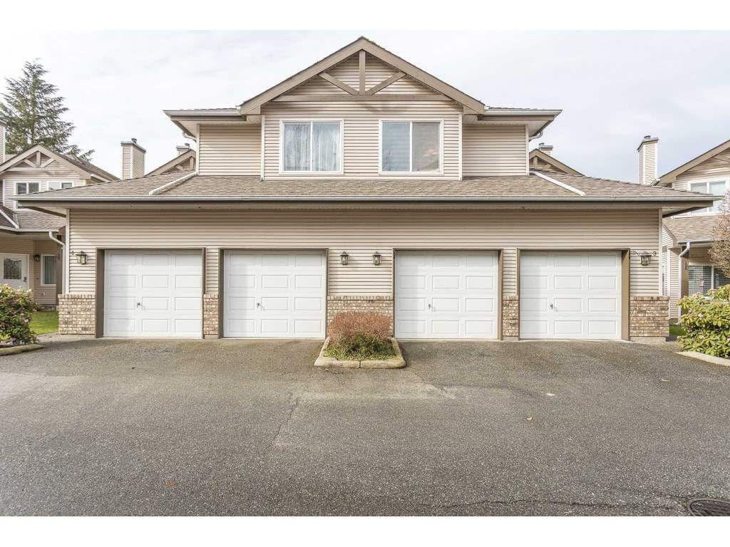 """Main Photo: 3 20750 TELEGRAPH Trail in Langley: Walnut Grove Townhouse for sale in """"Heritage Glen"""" : MLS®# R2544505"""