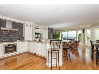 Photo 3: 15252 COLUMBIA AVENUE in South Surrey White Rock: White Rock Home for sale ()  : MLS®# F1449327