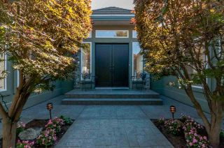 Photo 2: 34980 SKYLINE Drive in Abbotsford: Abbotsford East House for sale : MLS®# R2005260