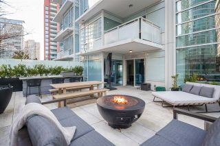 """Main Photo: 503 1139 W CORDOVA Street in Vancouver: Coal Harbour Condo for sale in """"Two Harbour Green"""" (Vancouver West)  : MLS®# R2585328"""