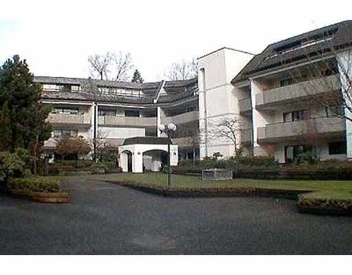 Main Photo: 117 1210 PACIFIC Street in Coquitlam: North Coquitlam Condo for sale : MLS®# V681933