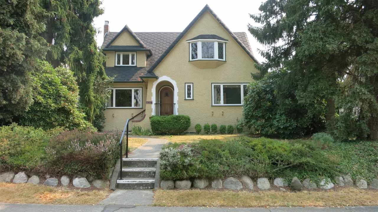 Welcome to Angus Drive. South Granville's executive home with many many details throughout. The exterior finish and style is ageless
