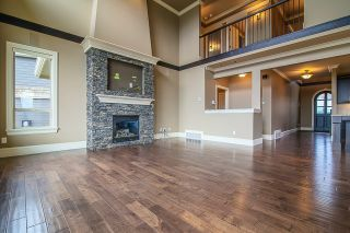 Photo 2: 2632 LARKSPUR COURT in Abbotsford: Abbotsford East House for sale : MLS®# R2030931