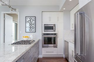 """Photo 4: 1502 1863 ALBERNI Street in Vancouver: West End VW Condo for sale in """"LUMIERE"""" (Vancouver West)  : MLS®# R2367109"""