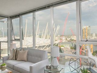 """Main Photo: 2705 928 BEATTY Street in Vancouver: Yaletown Condo for sale in """"THE MAX"""" (Vancouver West)  : MLS®# V1125500"""
