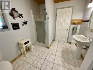 Photo 5: 5730 TIMOTHY LAKE ROAD in Lac La Hache: House for sale : MLS®# R2602397