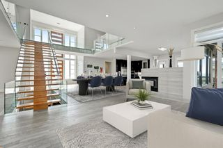 Photo 3: 40 Elveden Bay SW in Calgary: Springbank Hill Detached for sale : MLS®# A1129448