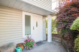 Photo 3: 1663 MCPHERSON Drive in Port Coquitlam: Citadel PQ House for sale : MLS®# R2585206