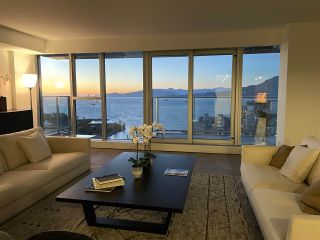 "Main Photo: 4702 1480 HOWE Street in Vancouver: Yaletown Condo for sale in ""Vancouver House"" (Vancouver West)  : MLS®# R2517350"