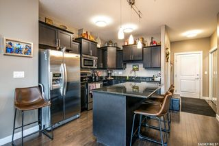 Photo 3: 210 405 Cartwright Street in Saskatoon: The Willows Residential for sale : MLS®# SK845189