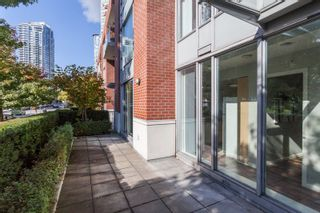 Photo 2: 47 KEEFER Place in Vancouver: Downtown VW Townhouse for sale (Vancouver West)  : MLS®# R2214665