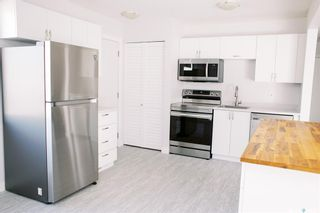 Photo 6: 117 Acadia Court in Saskatoon: West College Park Residential for sale : MLS®# SK870453