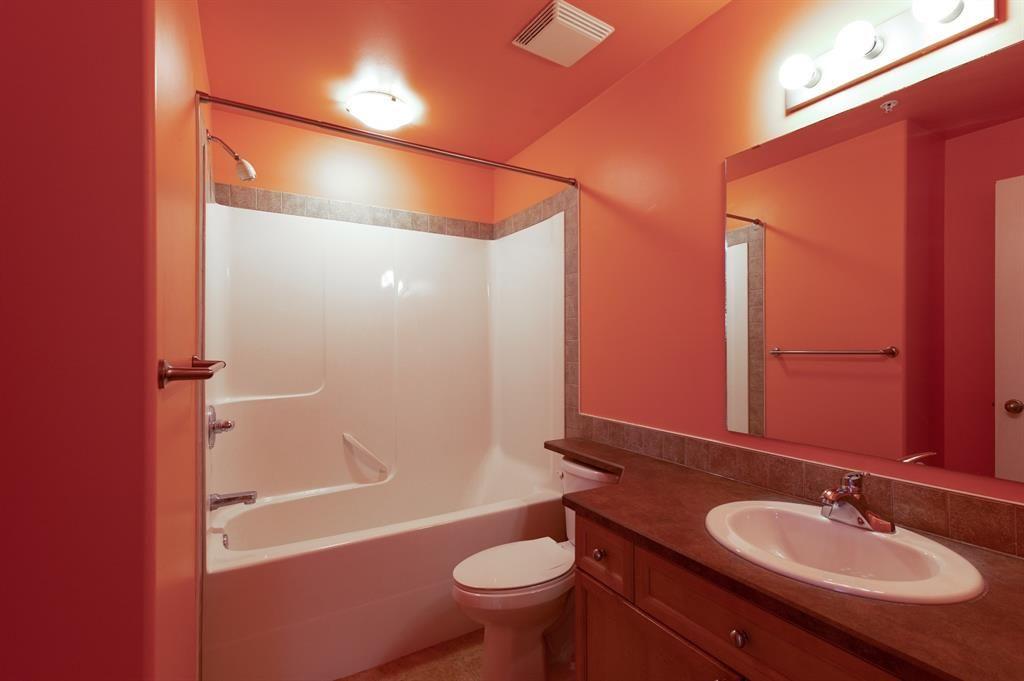 Photo 14: Photos: 306 290 Plamondon Drive: Fort McMurray Apartment for sale : MLS®# A1127119