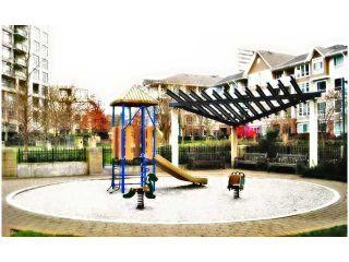 """Photo 10: 603 5380 OBEN Street in Vancouver: Collingwood VE Condo for sale in """"URBA"""" (Vancouver East)  : MLS®# V959369"""