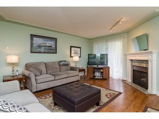 Photo 4: 209 20443 53 AVENUE in Langley: Langley City Condo for sale : MLS®# R2096431