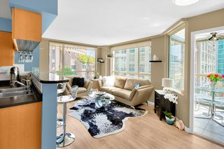 "Photo 1: 506 822 HOMER Street in Vancouver: Downtown VW Condo for sale in ""GALILEO ON ROBSON"" (Vancouver West)  : MLS®# R2298676"