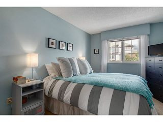 """Photo 8: 206 120 W 17TH Street in North Vancouver: Central Lonsdale Condo for sale in """"THE OLD COLONY"""" : MLS®# V1066487"""