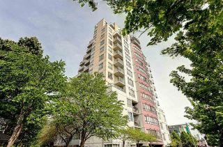 """Main Photo: 307 3455 ASCOT Place in Vancouver: Collingwood VE Condo for sale in """"QUEENS COURT"""" (Vancouver East)  : MLS®# R2117312"""