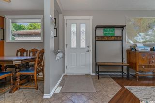 Photo 2: 434 113th Street West in Saskatoon: Sutherland Residential for sale : MLS®# SK870603