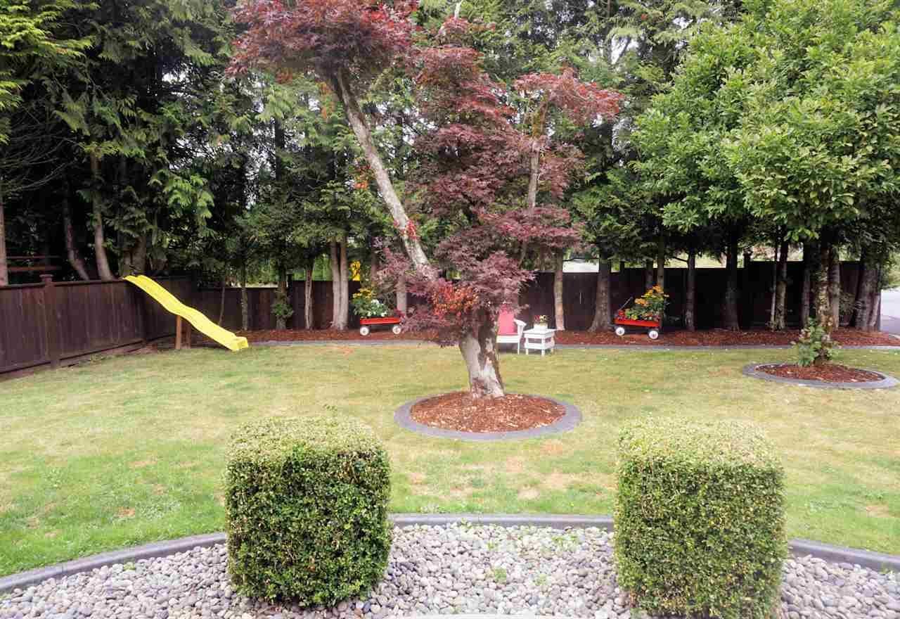 "Photo 33: Photos: 28258 MYRTLE Avenue in Abbotsford: Bradner House for sale in ""BRADNER"" : MLS®# R2456494"