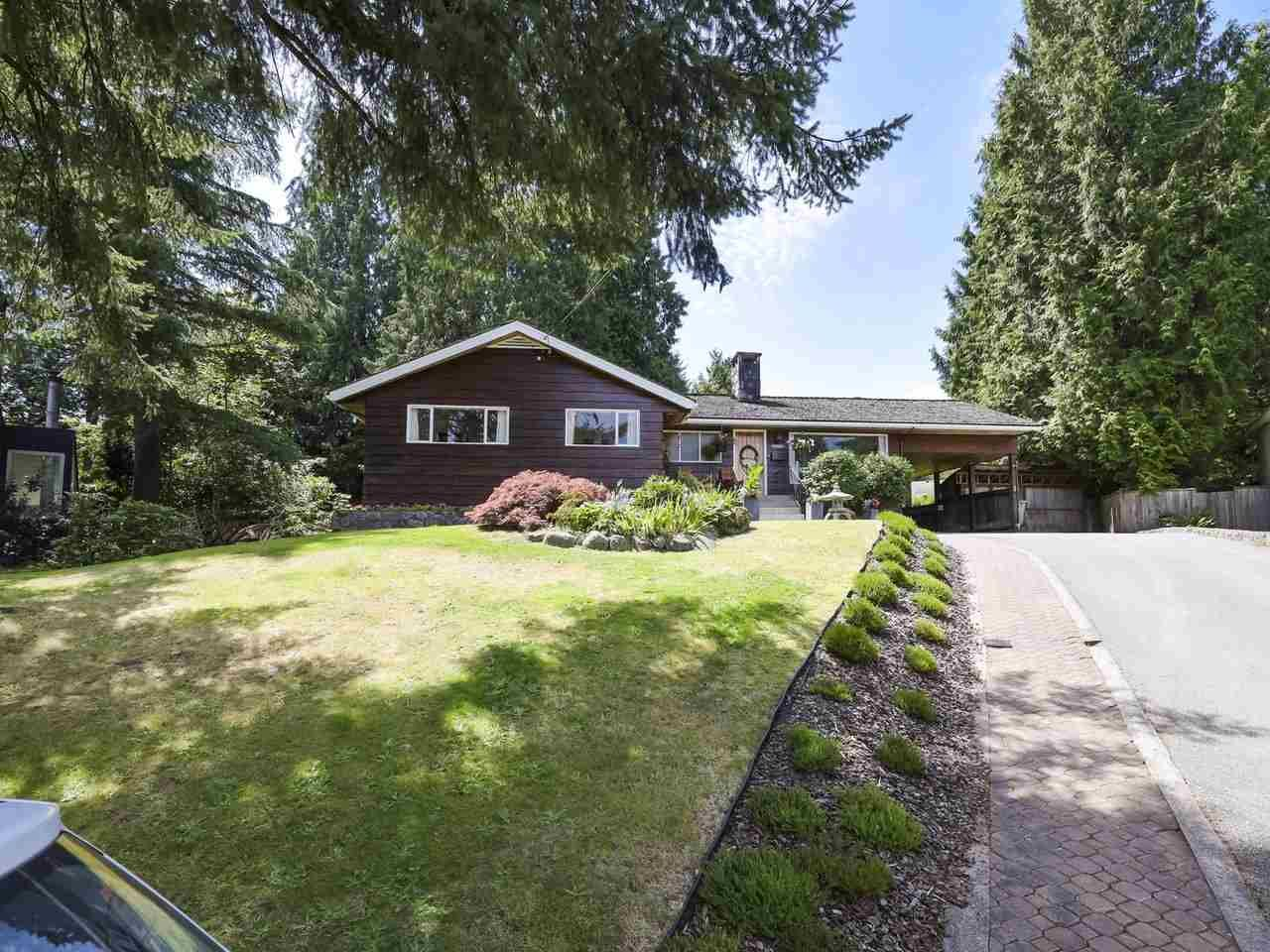 Main Photo: 739 HUNTINGDON CRESCENT in North Vancouver: Dollarton House for sale : MLS®# R2478895