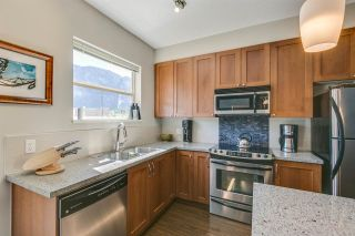 "Photo 5: 1272 STONEMOUNT Place in Squamish: Downtown SQ Townhouse for sale in ""Eaglewind - Streams"" : MLS®# R2075437"