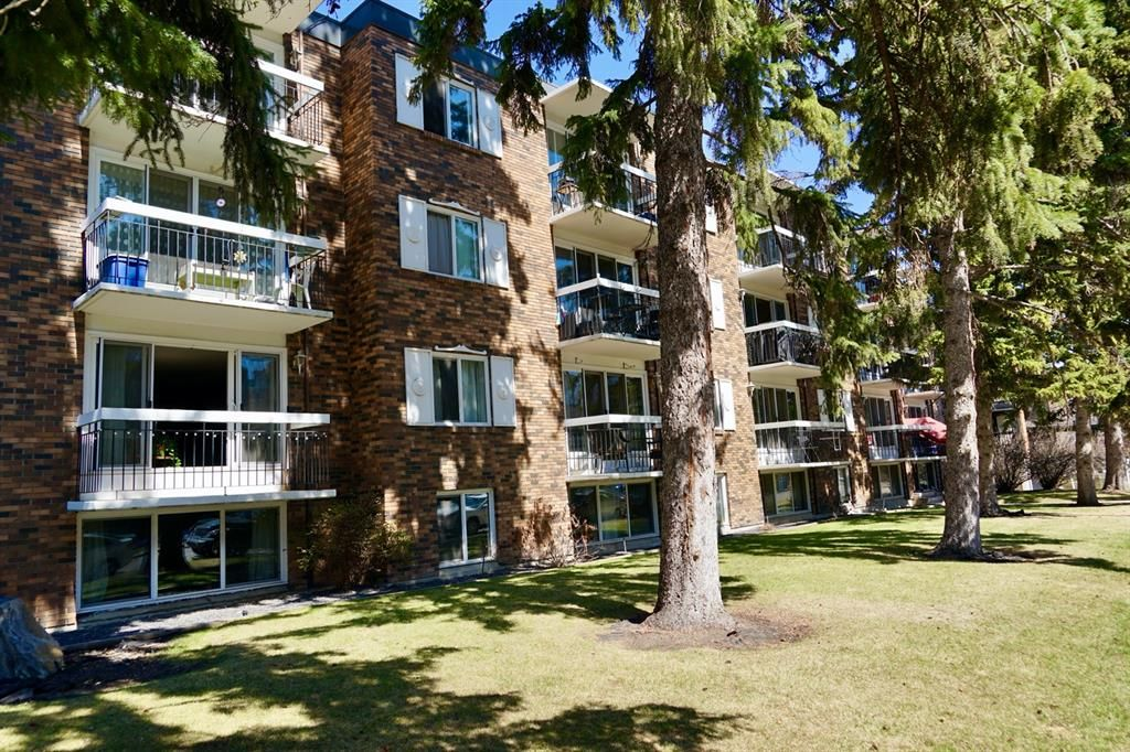 Main Photo: 107 110 24 Avenue SW in Calgary: Mission Apartment for sale : MLS®# A1098255