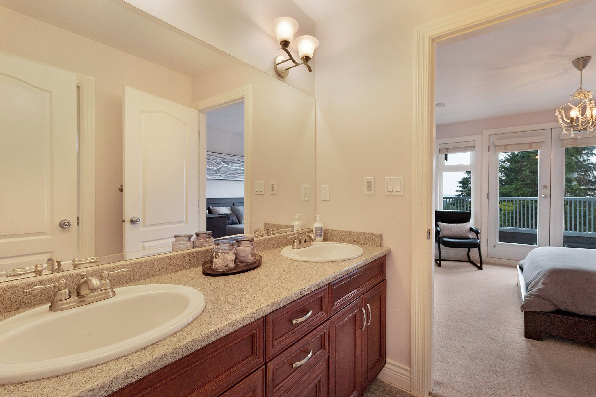 Photo 26: Photos: 1237 DYCK Road in North Vancouver: Lynn Valley House for sale : MLS®# R2374868