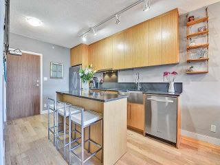 """Photo 13: 369 250 E 6TH Avenue in Vancouver: Mount Pleasant VE Condo for sale in """"District"""" (Vancouver East)  : MLS®# R2578210"""