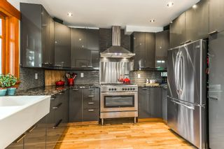 """Photo 9: 1559 E 20TH Avenue in Vancouver: Knight House for sale in """"GIBSON CLOSE"""" (Vancouver East)  : MLS®# R2089733"""