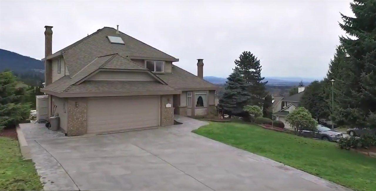 Main Photo: 1331 ERSKINE Street in Coquitlam: Scott Creek House for sale : MLS®# R2045634