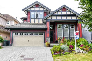 """Photo 2: 3463 150A Street in Surrey: Morgan Creek House for sale in """"Rosemary West"""" (South Surrey White Rock)  : MLS®# R2117895"""