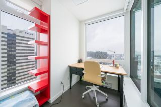 """Photo 9: 2507 5665 BOUNDARY Road in Vancouver: Collingwood VE Condo for sale in """"WALL CENTRE CENTRAL PARK SOUTH"""" (Vancouver East)  : MLS®# R2539277"""