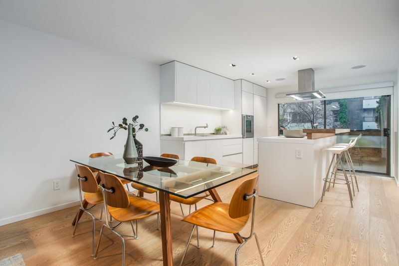 Main Photo: 1803 GREER Avenue in Vancouver: Kitsilano Townhouse for sale (Vancouver West)  : MLS®# R2434848